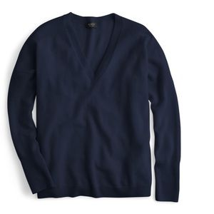 Crew navy v neck sweater